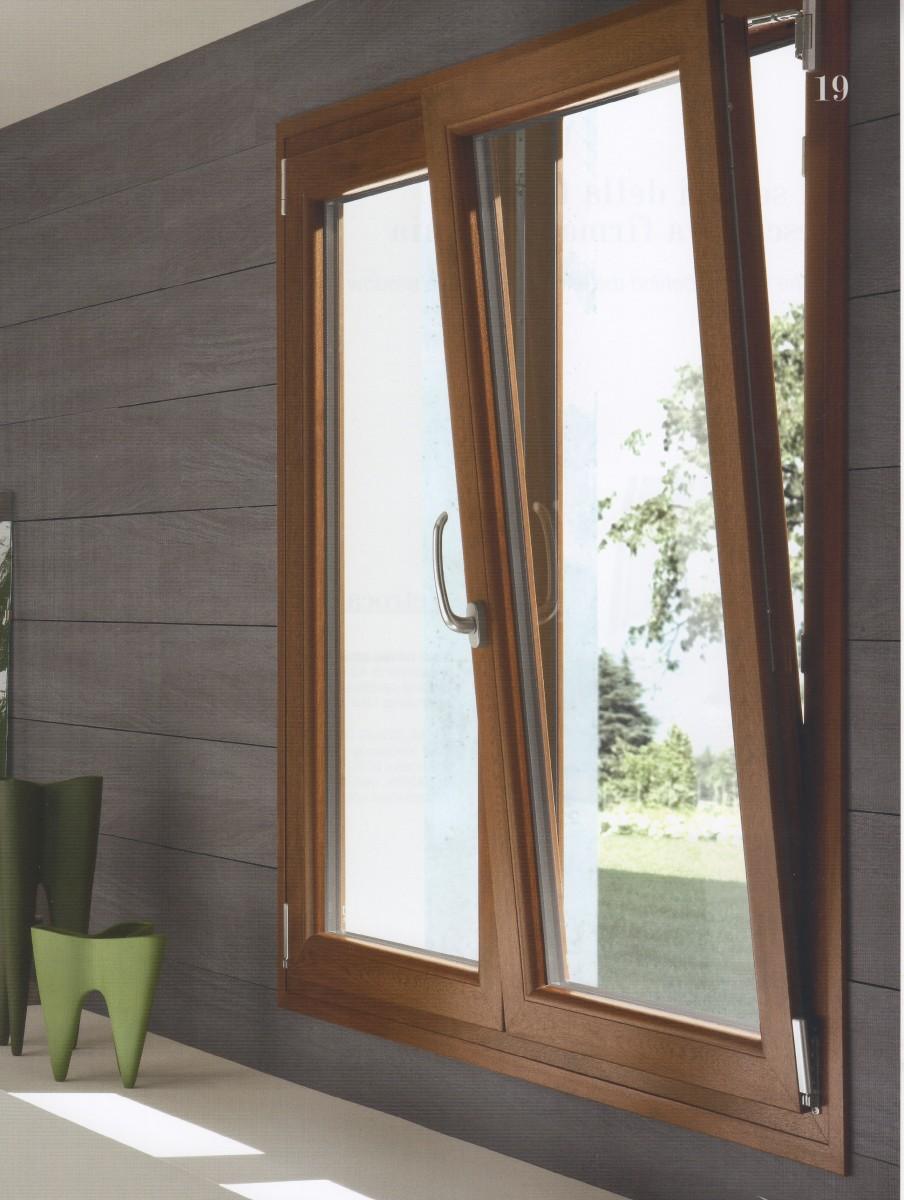 Vendita finestre roma emilio infissi serramenti e infissi a roma - Finestre di legno ...